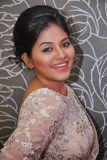 Anjali latest Glamorous pics in saree 007