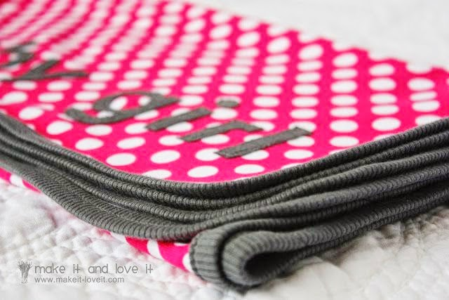 Knit Receiving Blanket Tutorial by Make It and Love It - TONS of baby blanket tutorials!