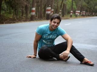 Himansh Kohli images