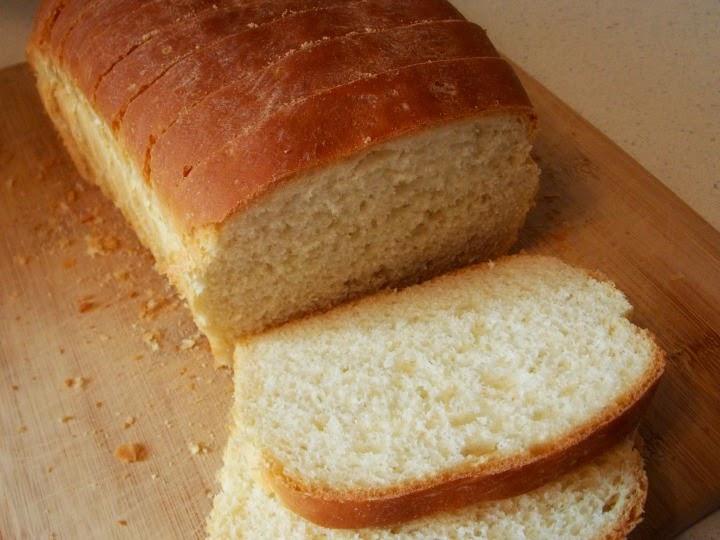 http://julieshomesteadingjournal.blogspot.com/2014/09/almost-sourdough-bread-recipe.html