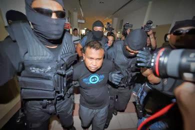 Penduduk Kampung Tak Perasan Polis Tahan Pembunuh Kejam
