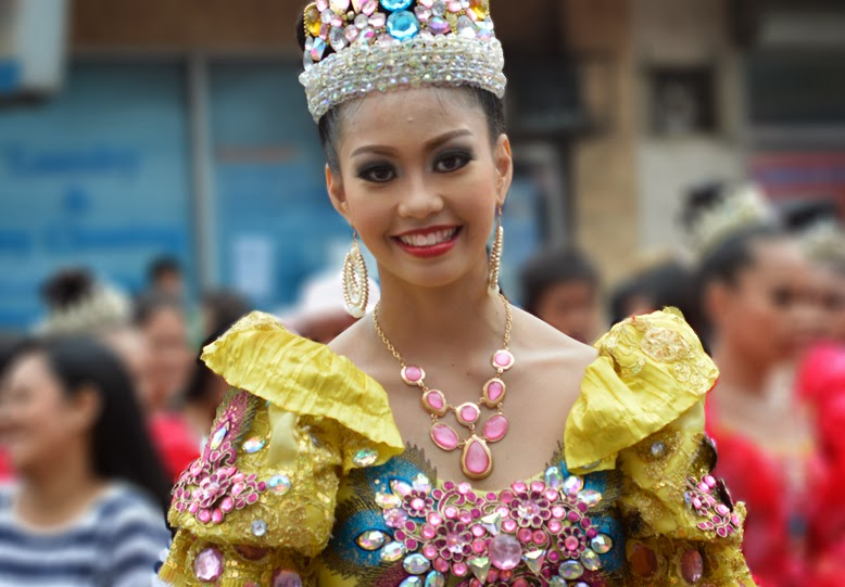 Megan Young Look a Like