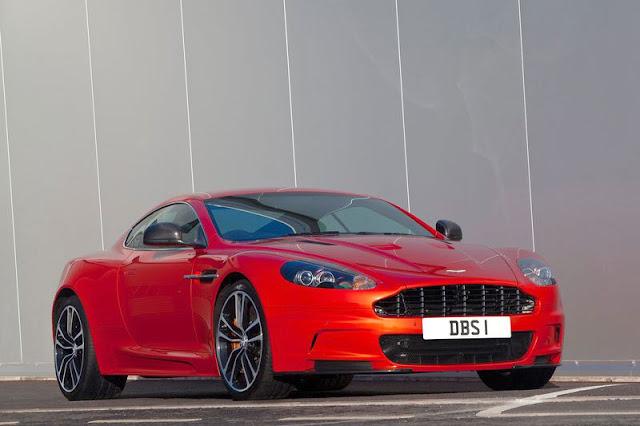 2011-Aston-Martin-DBS-Carbon-Edition-FrontExterior
