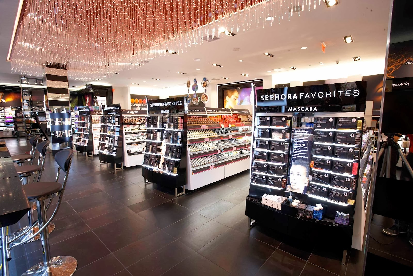 live loveliness: Sephora V.S. Ulta: A Beauty Showdown