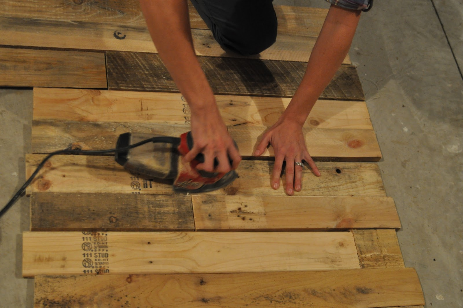 pallet possibilities how to build a wooden pallet wall east coast creative blog - Wood Pallet Wall