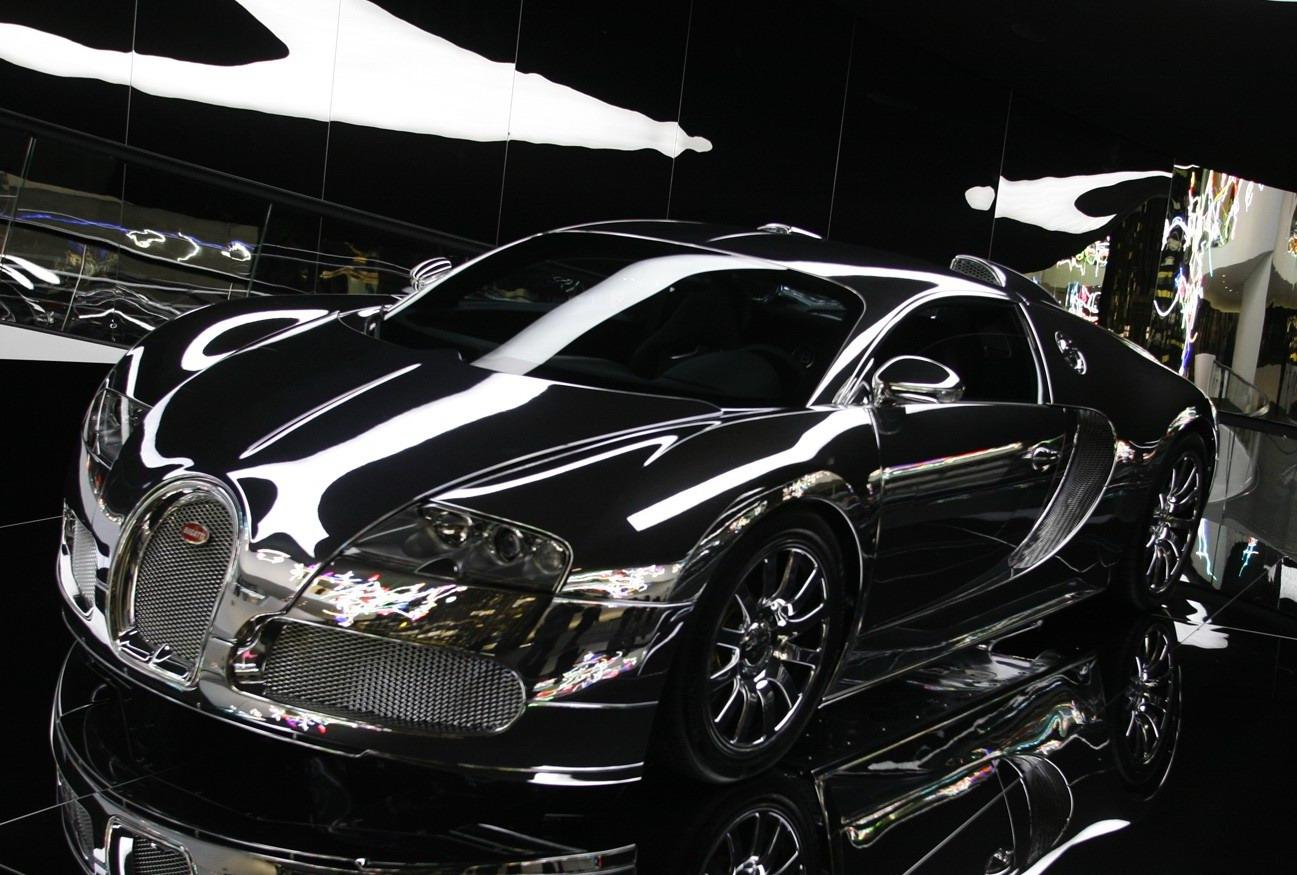 http://4.bp.blogspot.com/-8purbqk0FUc/Tfg4WqL71iI/AAAAAAAABg4/IBSwqXCkUsw/s1600/Bugatti-Veyron-16.jpg