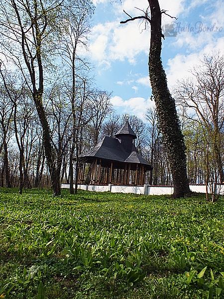 foisor manastirea miclauseni