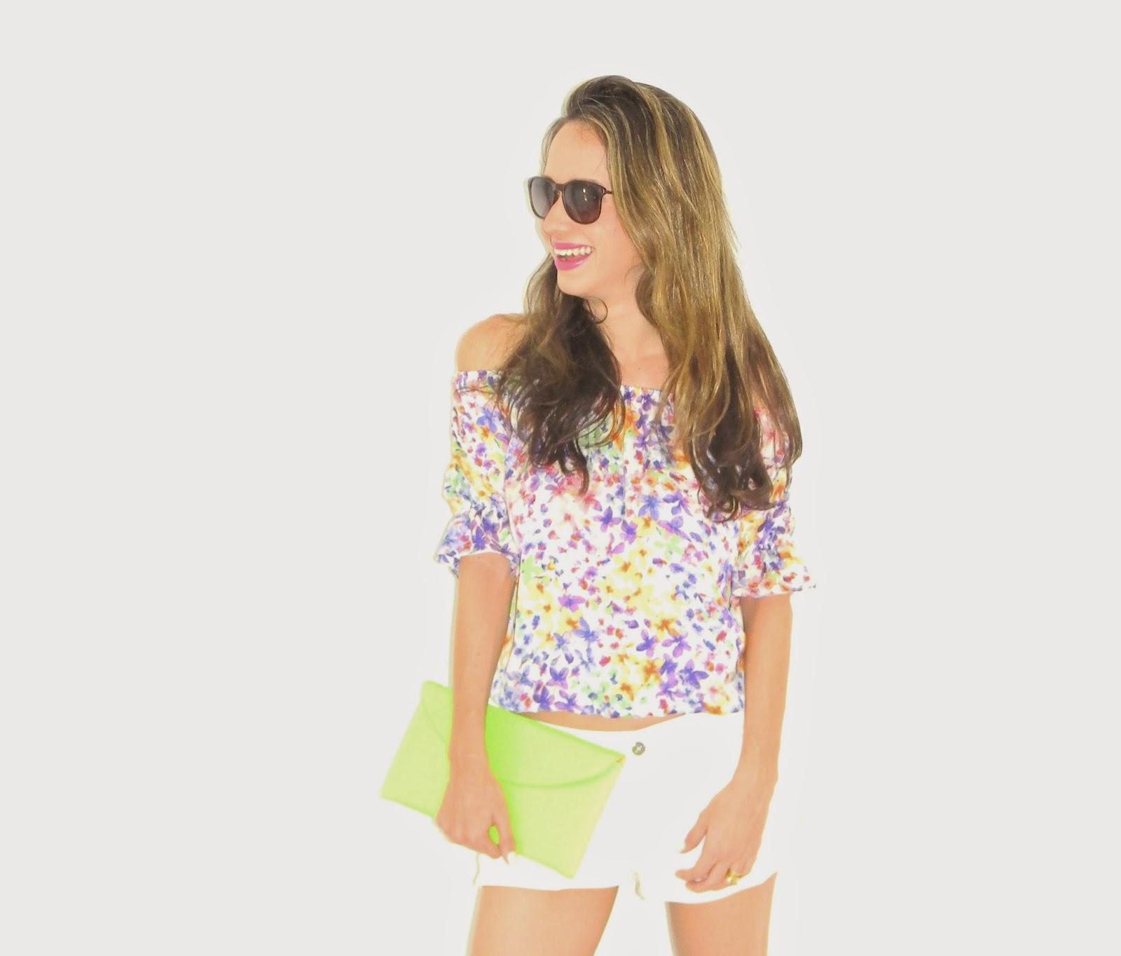 http://www.modaparamim.iluria.com/pd-15a131-blusinha-boho-com-estampa-floral.html?ct=&p=1&s=1