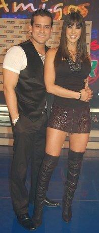 Melissa Loza y el cantante Christian Dominguez