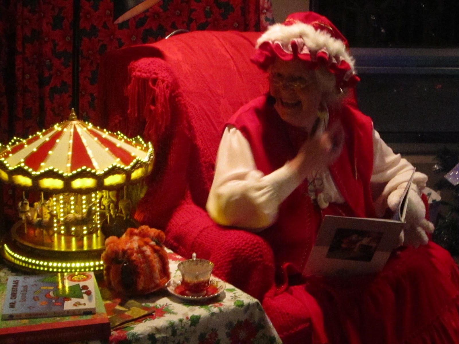 Mrs. Claus, Santa Claus, storytime, Christmas, kids, family