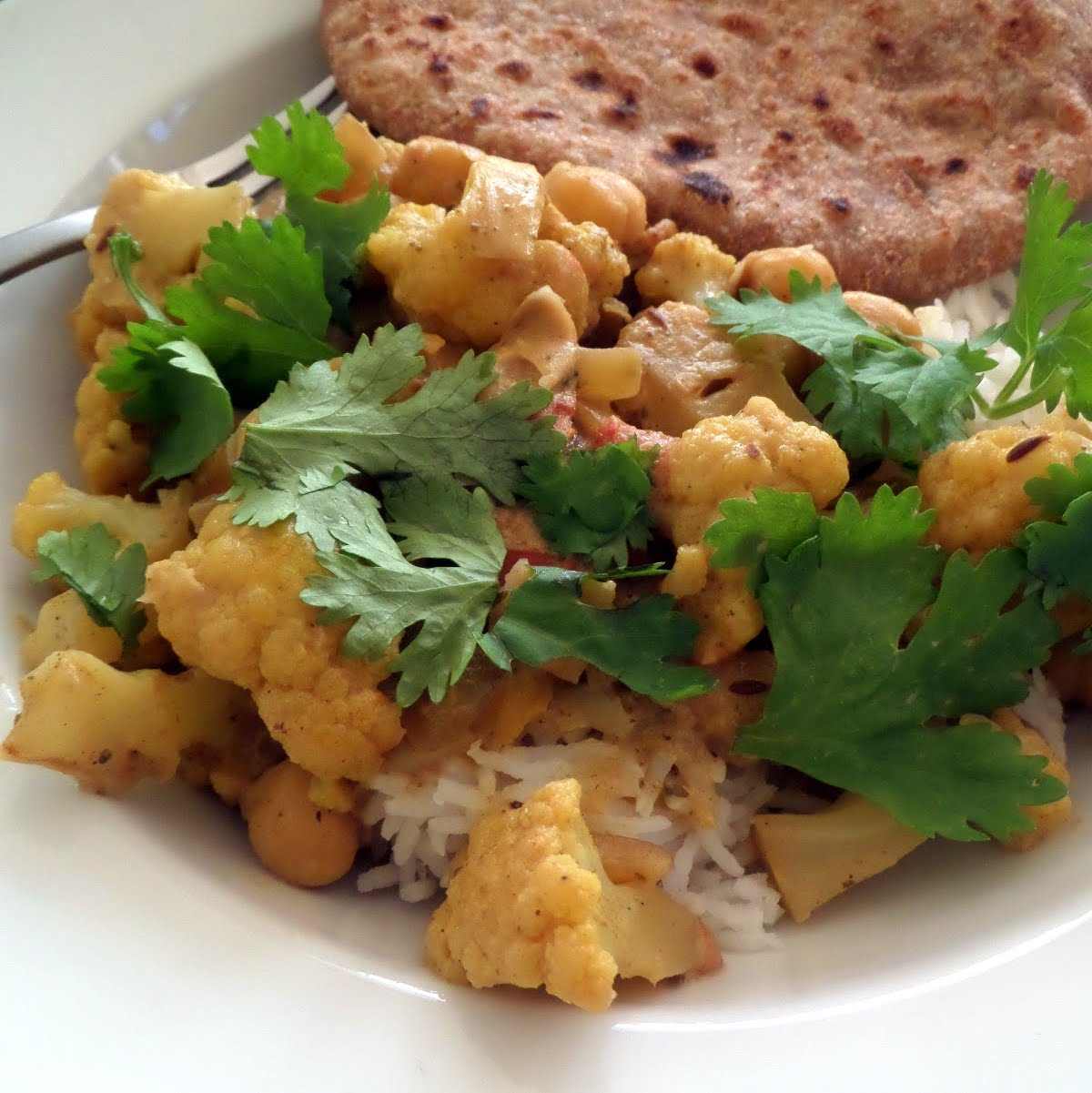 Cauliflower and Chickpea Curry   Joybee, What's for Dinner?