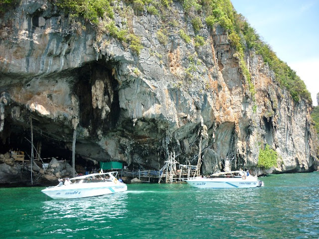 grotta dei vichinghi phi phi islands