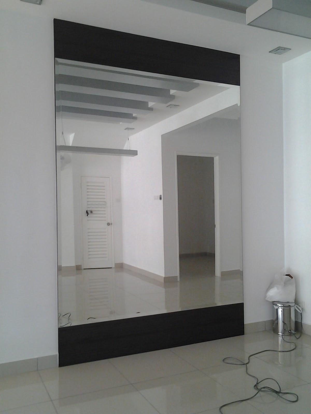 http://4.bp.blogspot.com/-8r2sqnaE3z4/T7yNNd_uPfI/AAAAAAAABMs/BBhLDXASyvA/s1600/hisham.wall.jpg