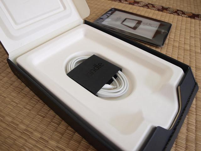 Amazon Kindle Paperwhite 電子書閱讀器開箱