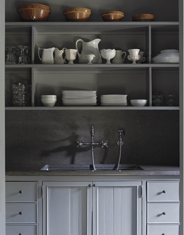 paint my kitchen cabinets Grey