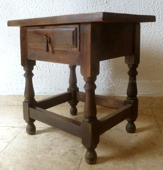 Retroalmacen tienda online de antig edades vintage y for Mesas de noche de madera