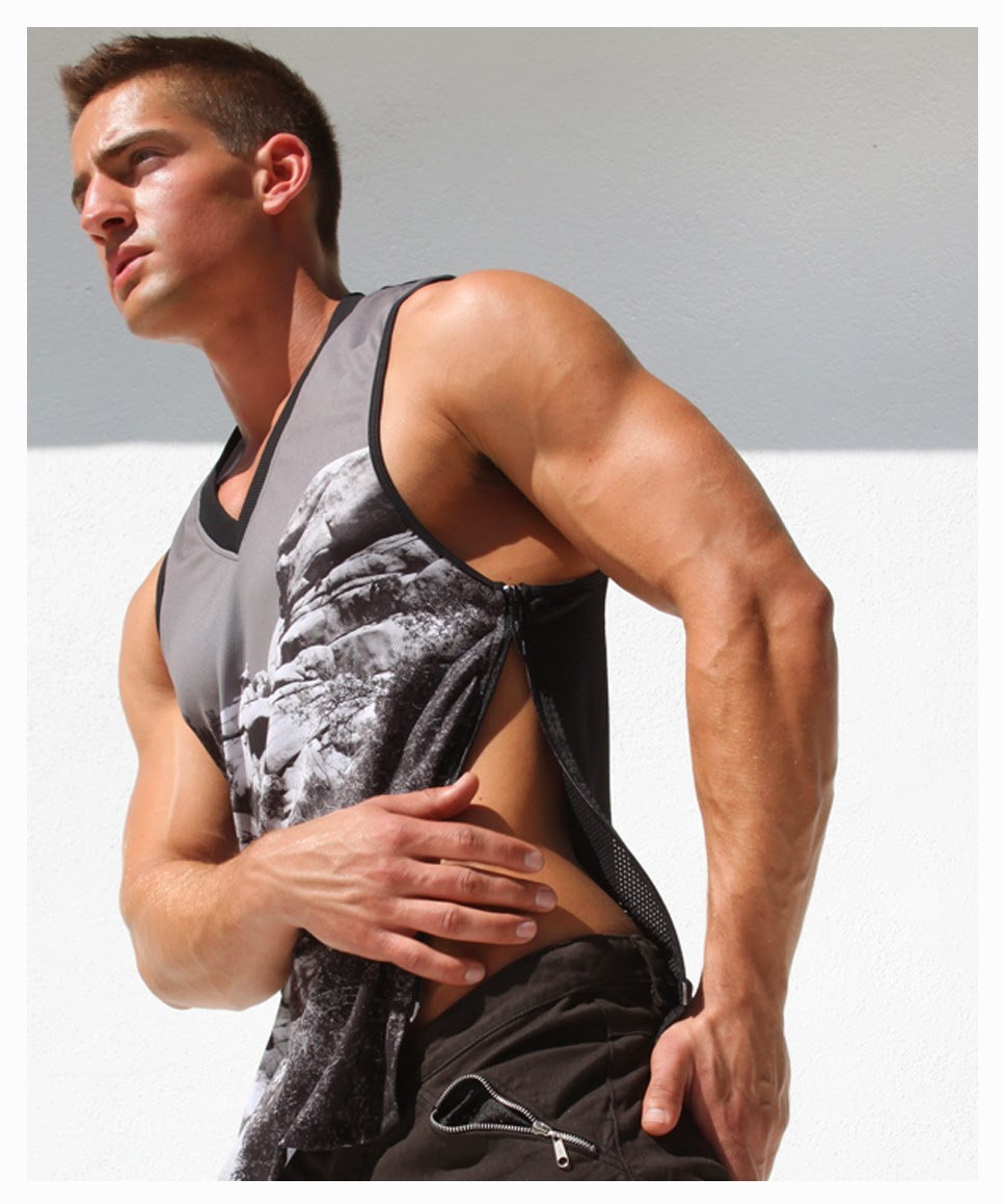 http://www.pacificjock.com/rufskin-mirage-side-zippered-vest/