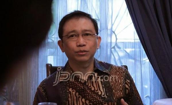 Marzuki Alie: Pemerintah sedang Merampok Rakyat