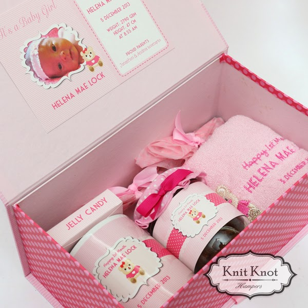 Knit knot hampers jakarta personalized baby hampers kids kids hampers lovely princess bear negle Image collections