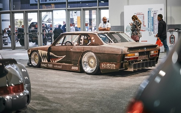 BMW 535i by Rusty Slammington