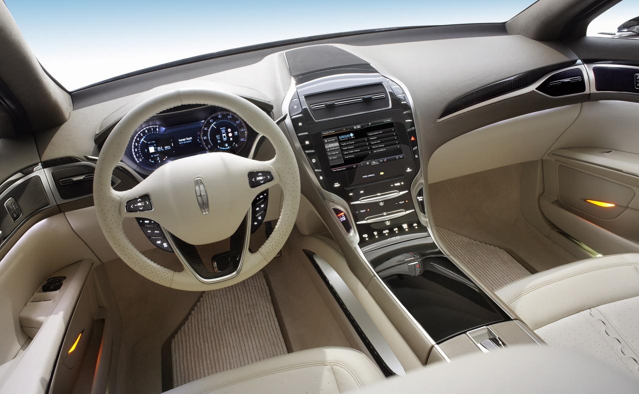 interior coche lujo:
