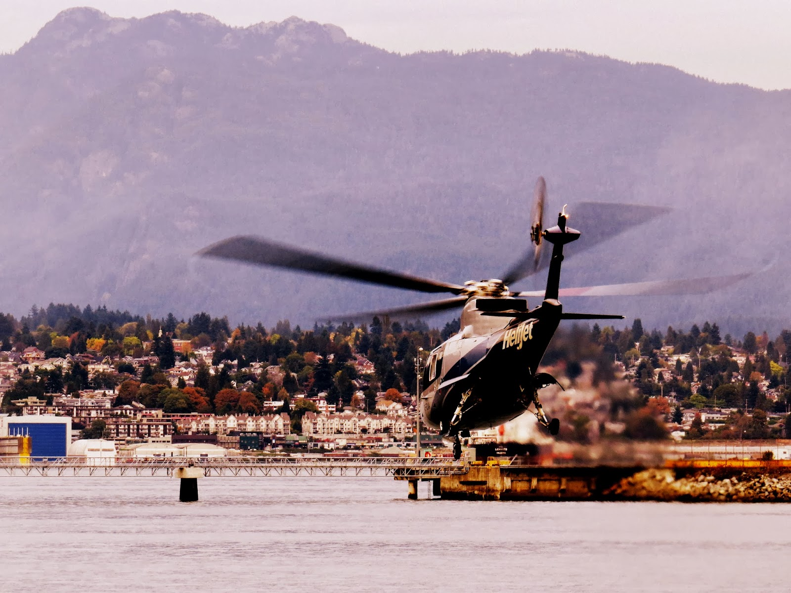 Helicopter Rides Vancouver Island