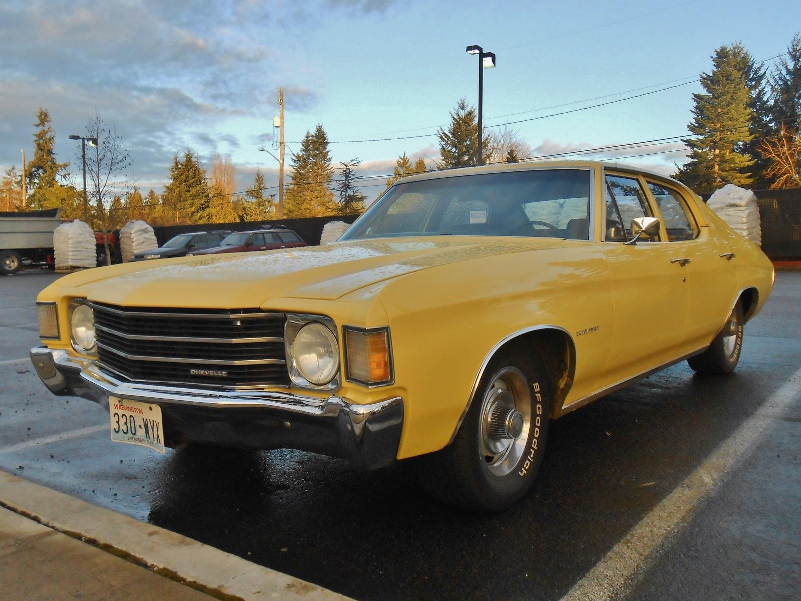 Seattle's Parked Cars: 1972 Chevrolet Chevelle Sedan