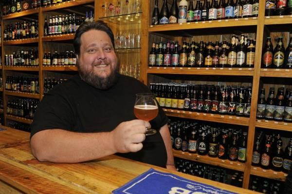 Em dias frios, a cerveja é excelente companheira dos quitutes indicados para o inverno