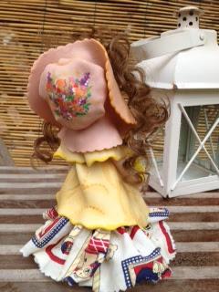 bambola mais con fiore gesso