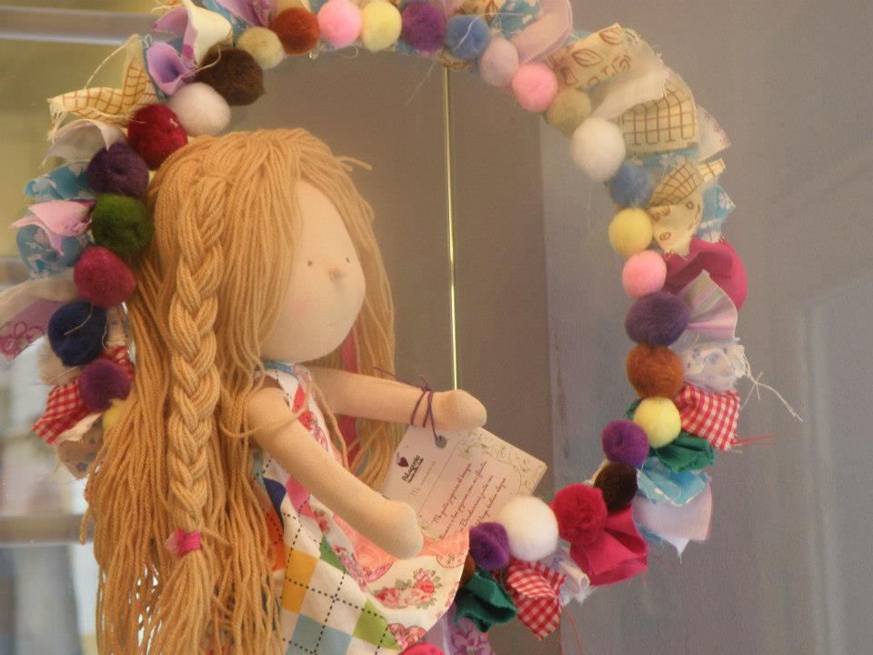 Patagonia handmade dolls dise o mu eca artesanal hippie chic - Como hacer puff artesanales ...