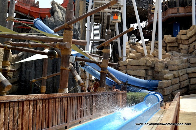 Liwa Loop in Yas Waterworld