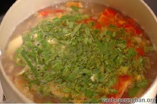 Cách làm canh ngao nấu chua đưa cơm ngày nắng11