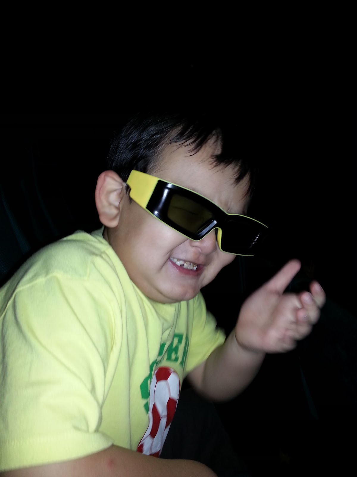 Sherry Rambling 2012 Lgs Slim Fit Youth Boy Giant Leap Merah Xl Movie Review Frankenweenie