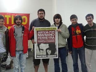 JÓVENES DE LA AGRUPACIÓN ESTUDIANTIL TODO UN PALO Y UJS TAMBIÉN QUIEREN JUSTICIA POR MARIANO
