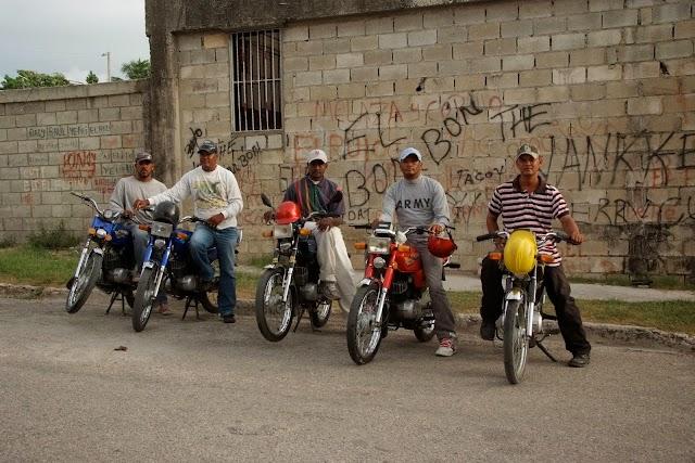 Motoristas haitianos desplazan a dominicanos del concho