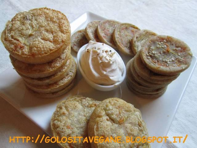 aglio, albume vegetale, Antipasti, colazione, fiori di zucchina, forno, frittelle, licoli, ricette vegan, semi sesamo, vegrino,
