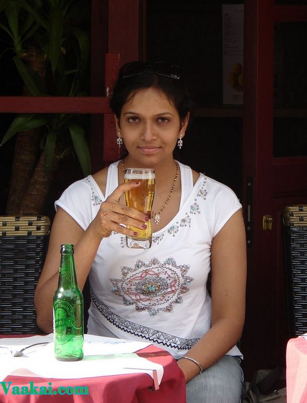 South Indian Aunties Hot Images Real Life Mallu Girls
