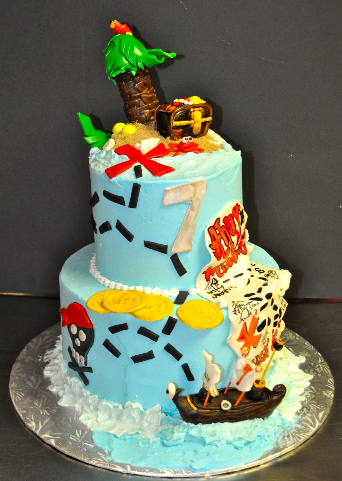 Images Pirate Birthday Cake : Leah s Sweet Treats: Pirate Cake
