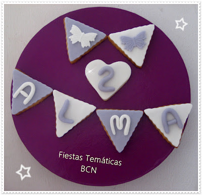 Galletas banderines morado