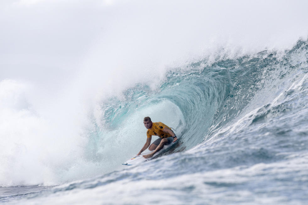 15 Mick Fanning AUS Billabong Pipe Masters Fotos WSL Kelly Cestari