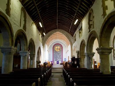 Nave de la catedral de Newport