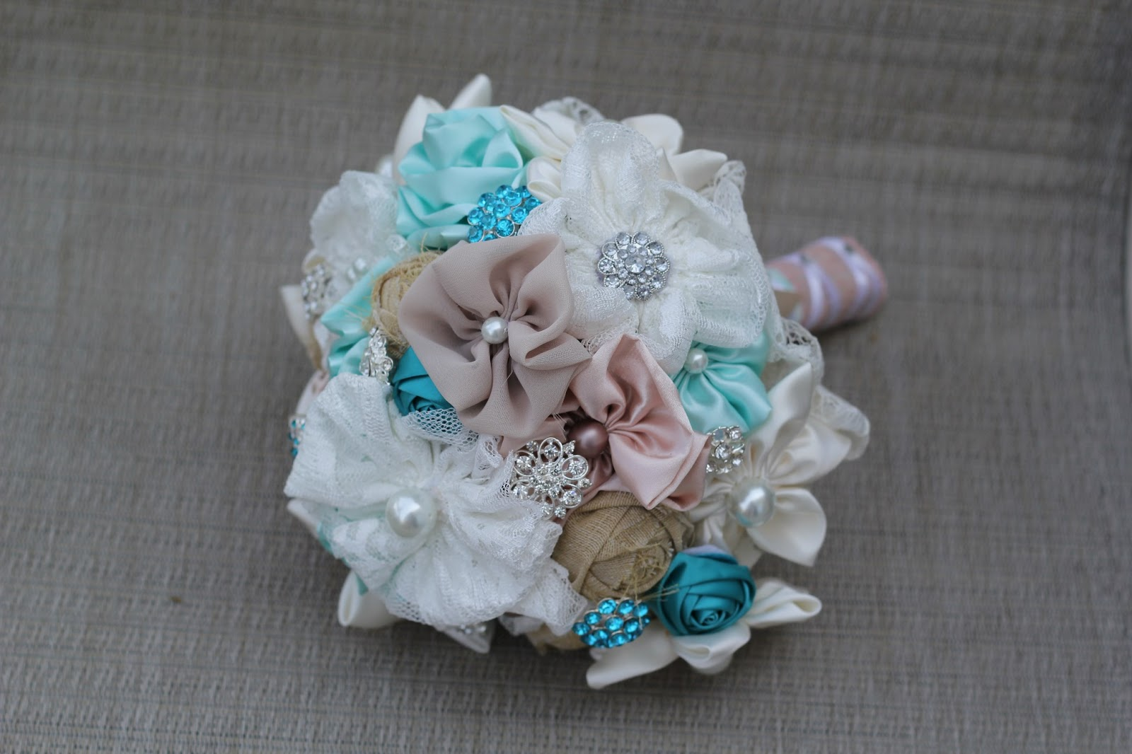 Behind the forever bouquets : Tutorial on wrapping a fabric flower ...