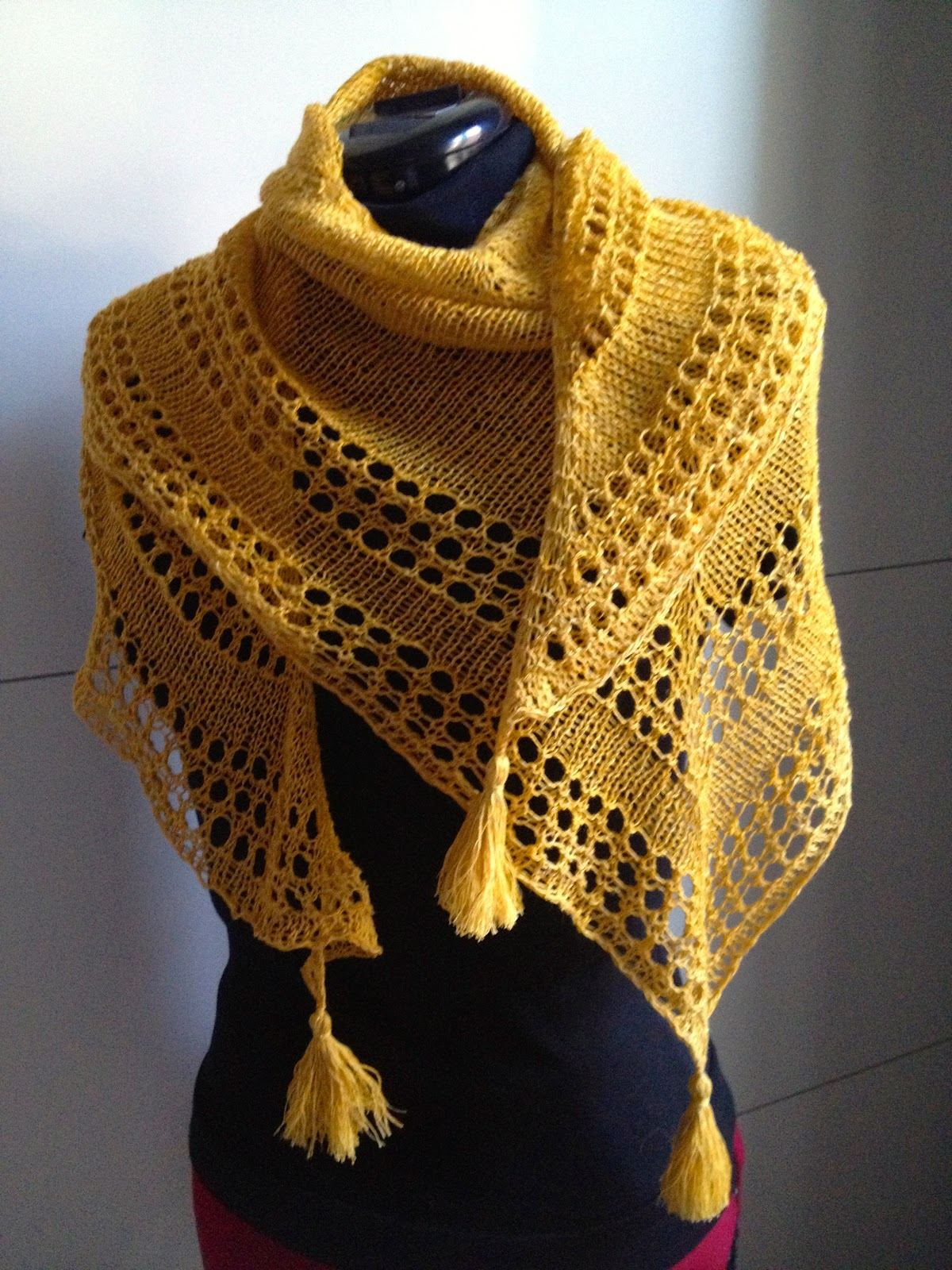 Caroline knits: Light and Up