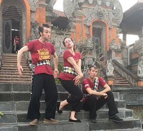 IBMF Bali. Gianyar. Theatre a tempo.