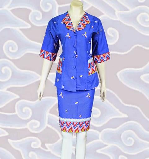 baju batik adat