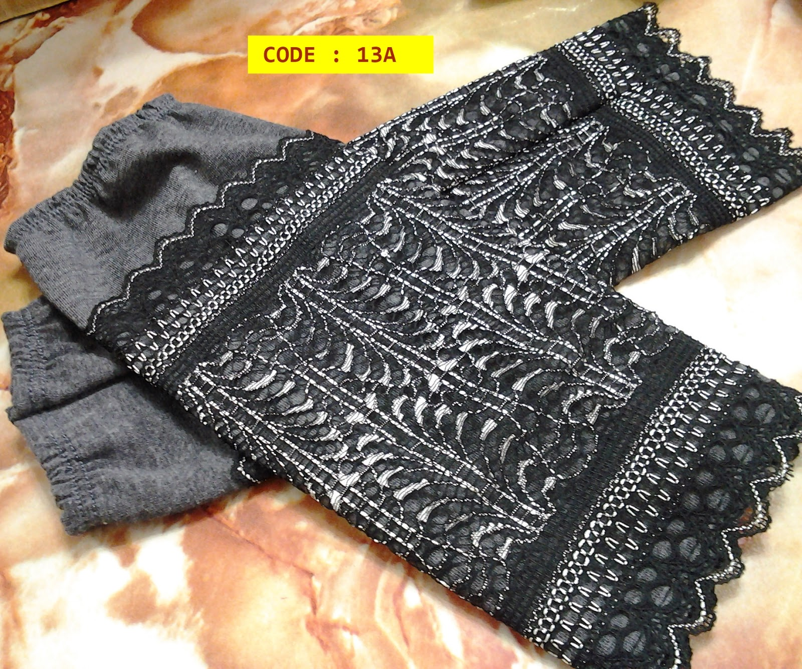 http://aenarasa.blogspot.com/2014/05/handsock-lacey-cotton-bukan-sekadar.html