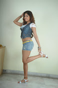 Komal Jha trendy Photo shoot Gallery-thumbnail-20