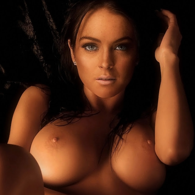 Lindsay Lohan Nude Big Boobs Naked Spread Legs Raunchy Show Trimmed