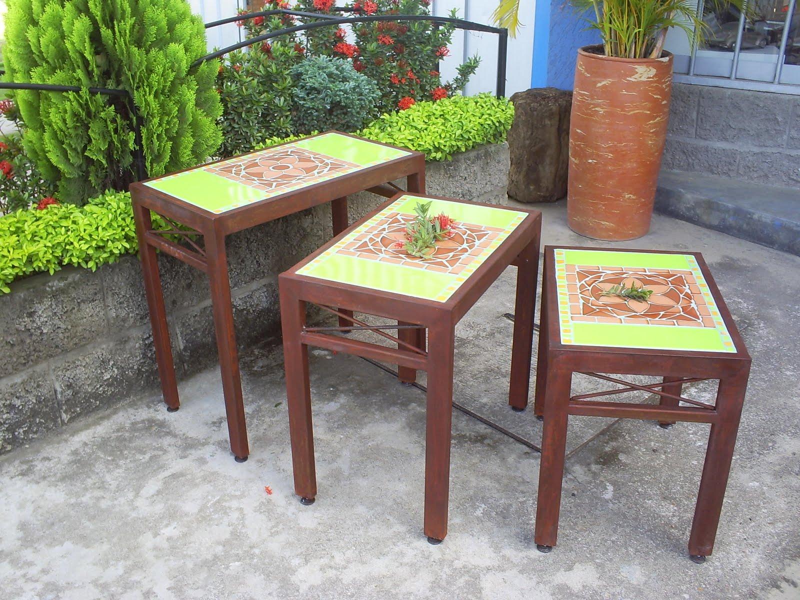 Mesas en hierro forjado tapa en ceramica delgo for Mesas de hierro forjado