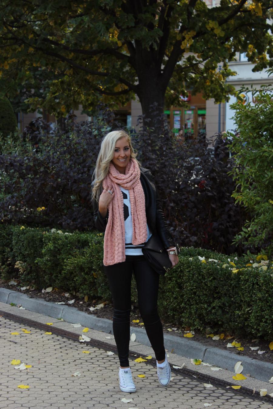 Cómo Vestir con una Bufanda